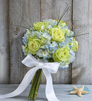 Beach Wedding Rose and Hydrangea Bouquet