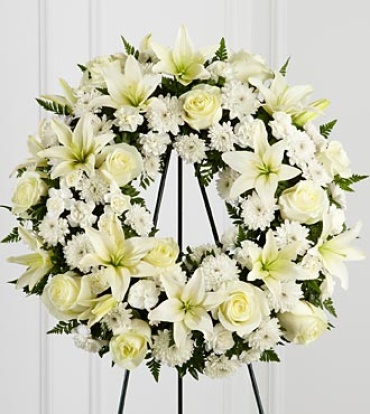 "The Treasured Tributeâ""¢ Wreath"